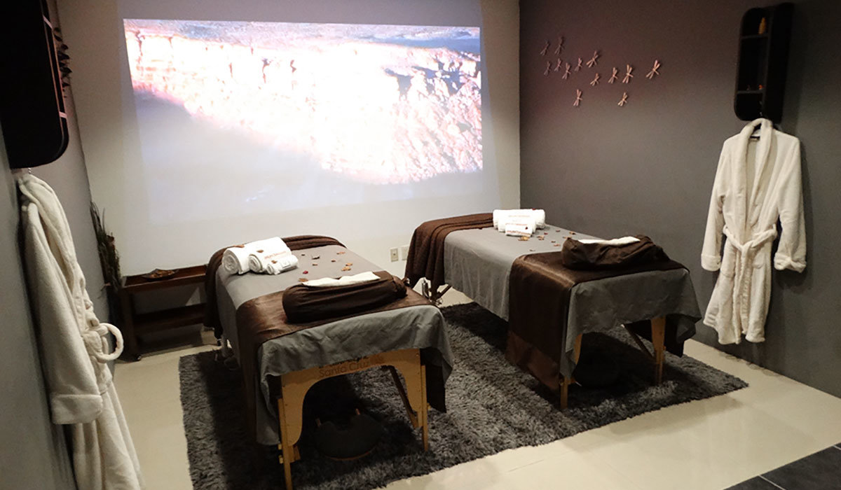 sala movie spa